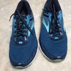 Men's Blue Brook Athletic Sneaker GTS 18 Size 10